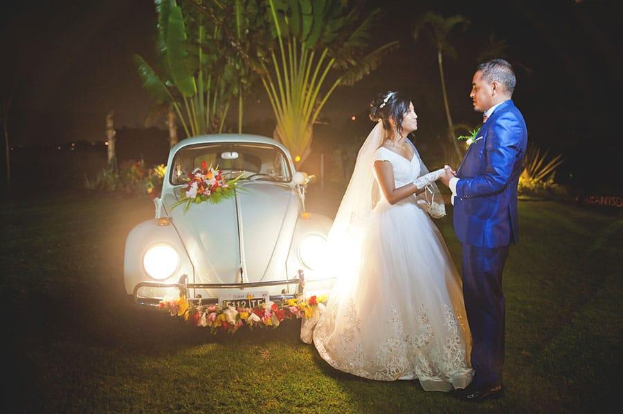 madagascar-mariage-voiture